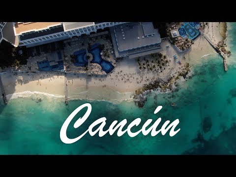 Blue Waters of Cancún