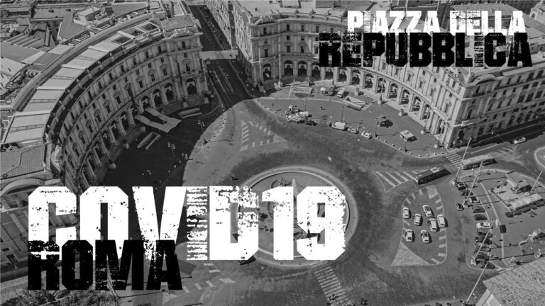 Piazza della Repubblica Roma vista da un drone Italia