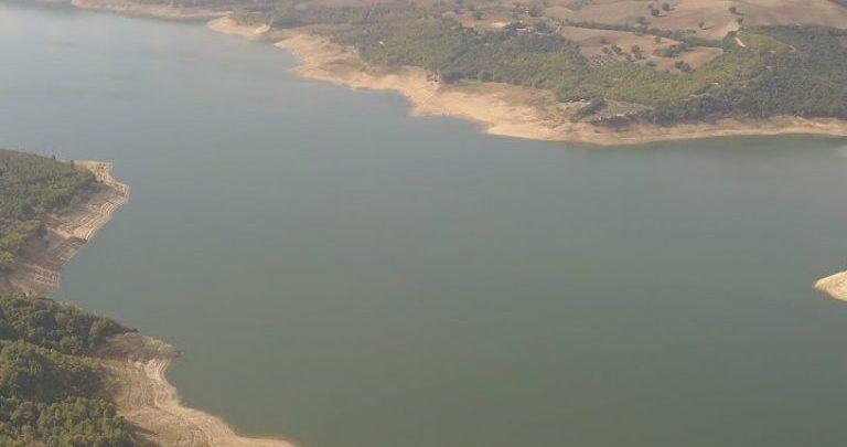 Lago di Occhito e Bosco di S. Cristoforo col drone